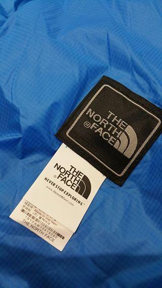 Áo khoác phao lông vũ The North Face màu xanh