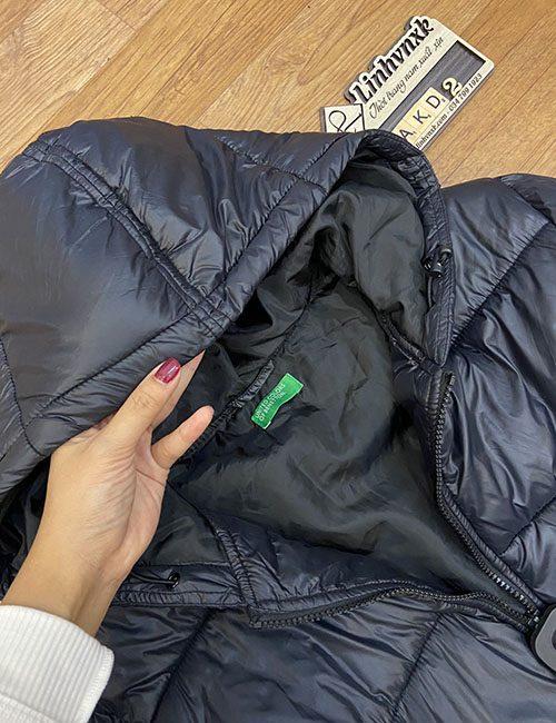 Áo phao siêu nhẹ Beneton màu đen